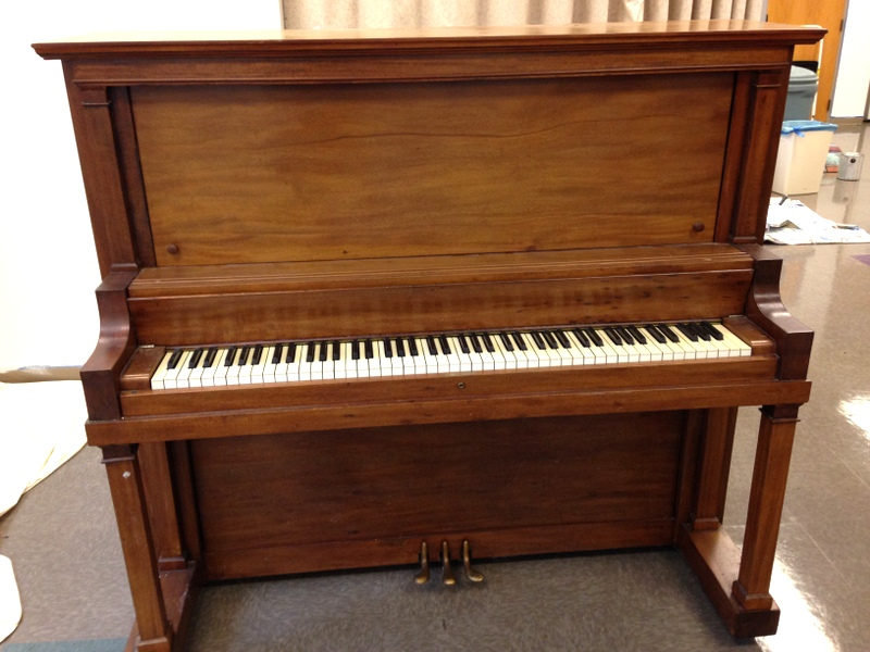 piano-front-0524