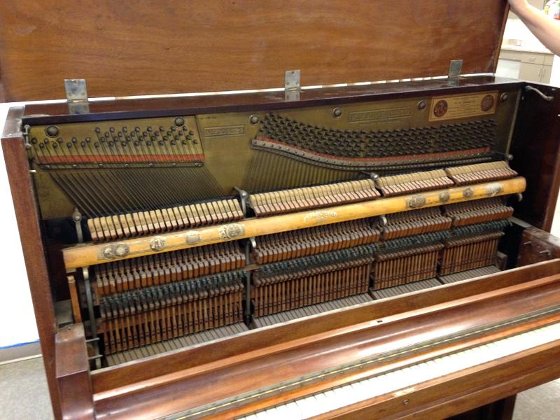 piano-insides-0523